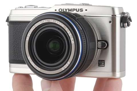 olympus-e-p1-in-hand.jpg
